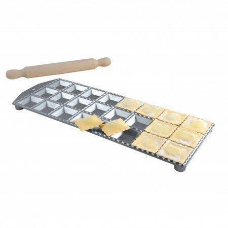 Eppicotispai Alum. ravioli maker 24 muottia
