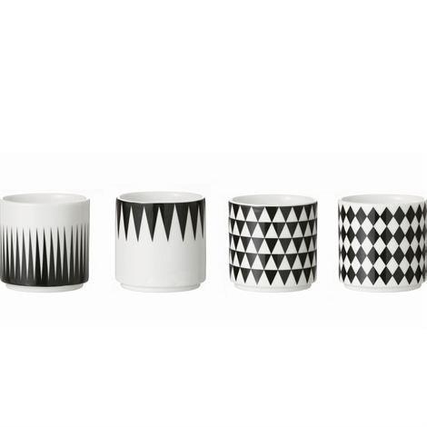 Ferm Living Geometry Espressokuppi 4 kpl Musta-Valkoinen