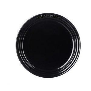 Le Creuset Lautanen 18 cm Black