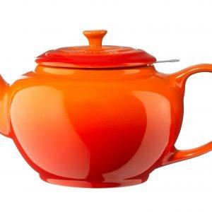Le Creuset Teekannu Siivilällä Volcanic 1.3 L