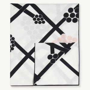 Marimekko Hortensie Pöytäliina Valko / Tummanharmaa 140x200 Cm