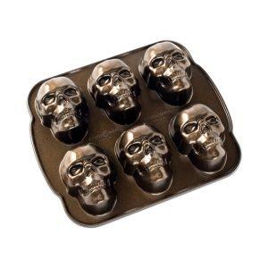 Nordic Ware Skull Kakkuvuoka