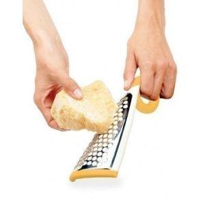 Parmesan-raastin