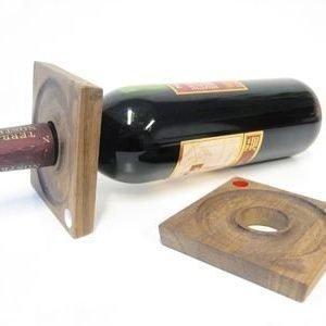 Sagaform viinipullon monitoimipidikkeet