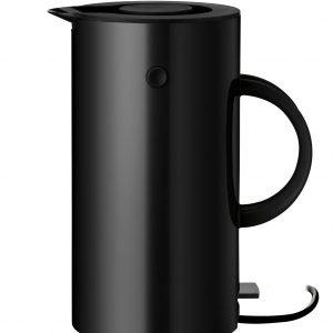 Stelton Em77 Vedenkeitin Musta 1.5 L